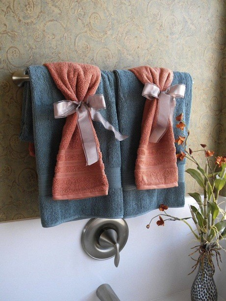 toallas cuarto invitados - COMO PREPARAR UN BUEN BAÑO RELAJANTE.