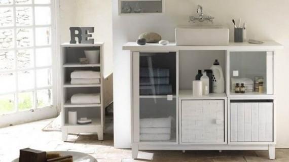 utiliza muebles de bao multiusos capaces de soluciones de almacenaje que aprovechen al mximo todo el espacio disponible armario tocador with muebles de bao