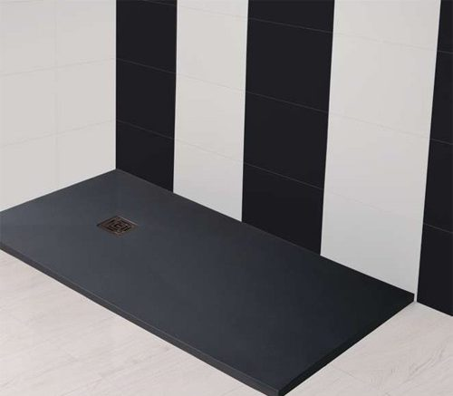 crear distintos ambientes con pared rayas baño plato de ducha negro